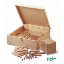 Bloques multibase madera base 10. Caja 121 piezas