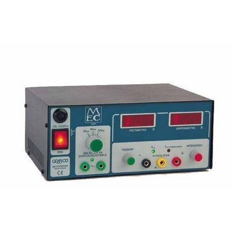 Font alimentació GE-0122DVAV. Digital 6-9-12 Vca/2A, 0 a 12 Vcc/2A