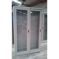 Armario laboratorio puertas metacrilato correderas. Medidas 950x420x1800 mm