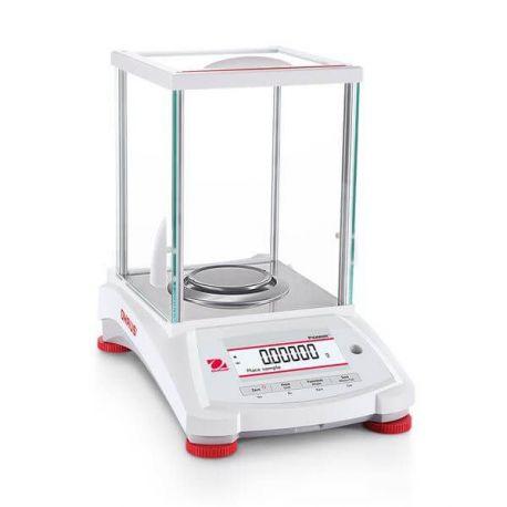 Balanza analítica Pioneer PX-125-D. Capacidad 82 gramos en 0,01 mg